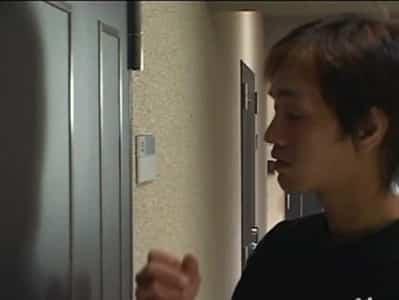 xvideos กำลังเกี่ยวเบ็ดเพลินๆมีหนุ่มมาเคาะประตูเลยเย็ดกันมันๆ