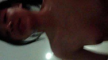 หนุ่มไทยรุ่นพ่อเงี่ยนจัดหิ้วนักเรียนสาวม.ปลายหุ่นดีมาเย็ดหีในโรงแรมลีลาเด็ดมากขย่มควยอย่างเก่ง