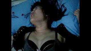 หลุดสาวไทยหน้าบ้านๆโดนแฟนหนุ่มเงี่ยนจัดจับแก้ผ้าแทงหีคาชุดเสียจนต้องร้องขอชีวิต