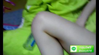 คลิปโป๊วัยรุ่นสาวไทยสวยแต่โครตหยิ่งโดนหนุ่มๆที่แอบมองมานานมอมเหล้าแล้วพาไปลงแขก