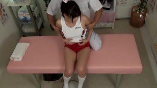 หนังxมาใหม่นักเรียนสาวญี่ปุ่นตัวเล็กๆน่ารักใช่ได้โดนหมอนวดหนุ่มบ้ากามหลอกจับแก้ผ้าเย็ดหี